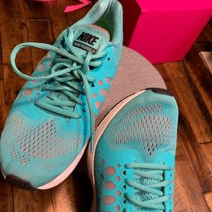 Nike running shoes. Teal. Size 8